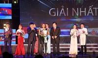 """Radio Suara Vietnam dan Komite Rakyat Provinsi Quang Ninh membahas pekerjaan menyelenggarakan """"Kontes Penyanyian ASEAN + 3"""""""