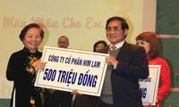 Mehr als eine Million Euro Spende für benachteiligte Kinder in Vietnam