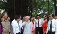 KPV-Generalsekretär Nguyen Phu Trong besucht die Volkszeitung