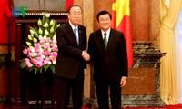Staatspräsident Truong Tan Sang führt Gespräch mit dem UN-Generalsekretär