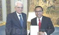 Italien überreicht dem vietnamesischen Botschafter Verdienstorden