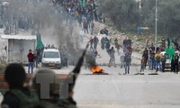 Weitere Auseinandersetzungen zwischen Palästinensern und israelischen Polizisten