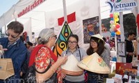 Vietnam nimmt an der internationalen karitativen Messe in Indien teil