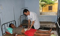 Medizinische Versorgung der Fischer im Meeresgebiet Truong Sa