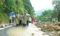 Vize-Premierminister Trinh Dinh Dung leitet die Bewältigung der Folgen der Überschwemmung in Lao Cai