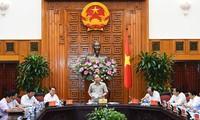 Premierminister Nguyen Xuan Phuc führt Arbeitstreffen mit Leitern der Provinzen Bac Lieu und Ca Mau