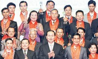 "Staatspräsident Tran Dai Quang nimmt am Programm ""Stolz, vietnamesischer Bauer zu sein"" teil"