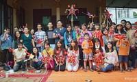 Die traditionellen Spielzeuge mit dem Mittherbstfest erleben