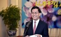Treffen mit Vertretern ausländischer Vertretungen in Vietnam zum neuen Jahr