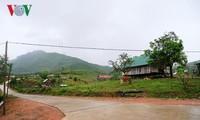 Rückkehr in die vom Taifun besuchte Gemeinde Yang Mao