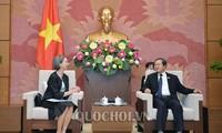 Vize-Parlamentspräsident Do Ba Ty empfängt die mexikanische Botschafterin