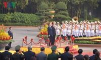 Staatspräsident Tran Dai Quang leitet Empfangszeremonie für Südkoreas Präsident Moon Jae-in