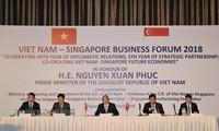 Premierminister Nguyen Xuan Phuc: Vietnam begrüßt Investoren Singapurs