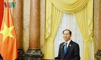Staatspräsident Tran Dai Quang trifft weibliche Abgeordnete