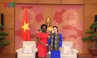 Parlamentspräsidentin empfängt Vize-Präsidentin für Asien-Pazifik der Weltbank