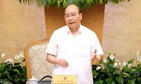 Premierminister Nguyen Xuan Phuc fordert den verbesserten Institutionsaufbau