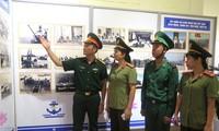 Ausstellung über Meer, Inseln und Marinesoldaten