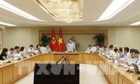 Vize-Premierminister Vuong Dinh Hue leitet Bewertungskonferenz über Preis- und Inflationskontrolle