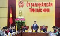 Vize-Premierminister Vuong Dinh Hue informiert sich über die ausländischen Investitionen in Bac Ninh