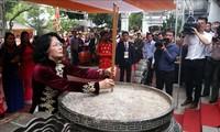 Vize-Staatspräsidentin Dang Thi Ngoc Thinh gedenkt dem Beitrag von Hai Ba Trung