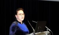 Parlamentspräsidentin Nguyen Thi Kim Ngan nimmt an der Zeremonie zur Flugzeugübergabe in Toulouse teil