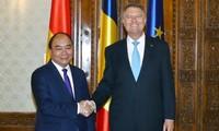 Eröffnung neuer Kooperationsräume zwischen Vietnam und Rumänien sowie Tschechien