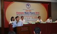 Ausstellung über vietnamesische Medizin in Hanoi
