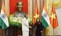 Vize-Staatspräsidentin Dang Thi Ngoc Thinh führt Gespräch mit dem indischen Vize-Präsident Venkaiah Naidu