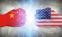미중무역전쟁 확산, 국제유가 폭락...경제지표도 악화