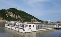 '다뉴브강 참사' 선박, 부다페스트로 돌아와