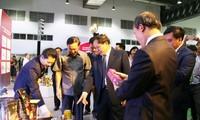 베트남–라오스 무역박람회, 양국 간 전면적 협력 강화