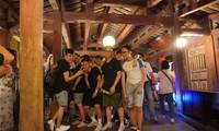 교포학생들과 청소년들, 호이안 – 꽝남 옛거리 탐구