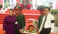 응우옌 티 낌 응언 국회의장, 떠이닌성 열사 유골 안장-추모행사에 참석