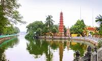 쩐꾸옥 사찰과 호찌민시의 브롱 사찰,가장 아름다운 20개 불교 건축물로 선정하였다