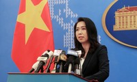 외교부 레티투항 (Lê Thị Thu Hằng) 대변인:  베트남 경제수역에 대한 중국의 침범 행동 중지 및  탐사선 철수 요구