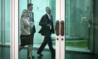 អូស្ត្រាលី៖ នាយករដ្ឋមន្ត្រីលោក Malcolm Turnbull អំពាវនាវឱ្យរដ្ឋាភិបាលសាម្គីភាព - តែងតាំងរដ្ឋមន្រ្តីក្រសួងមហាផ្ទៃថ្មី