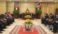 越南胡志明市领导会见老挝赛宋奔省代表团