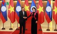 阮氏金银会见老挝人民革命党中央总书记、国家主席本扬•沃拉吉