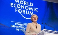 英国首相特雷莎•梅宣布英国将继续发挥引领世界经济的作用