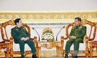 推动越南和缅甸防务关系深入务实发展