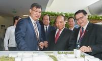 阮春福出席胡志明市高科技园区成立15周年纪念大会