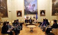 加强越南与意大利友好外交和立法关系