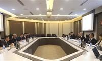 越南和新加坡促进多领域防务合作