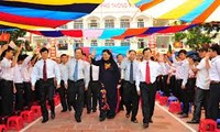 Deputy NA Chairwoman  Phong attends new school year celebration in Hai Phong