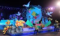 2013 Ha Long Carnival- a trademark of Quang Ninh tourism