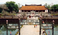 One-day tour of Hue imperial city