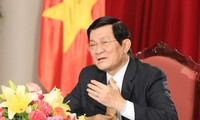 President Truong Tan Sang meets with SMEs