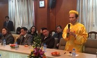Overseas Vietnamese coming home for Tet celebration