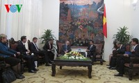 Deputy PM Vu Duc Dam receives UK Prime Minister's Trade Envoy