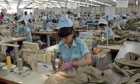 Vietnam's textiles and garments exports surpass set targets